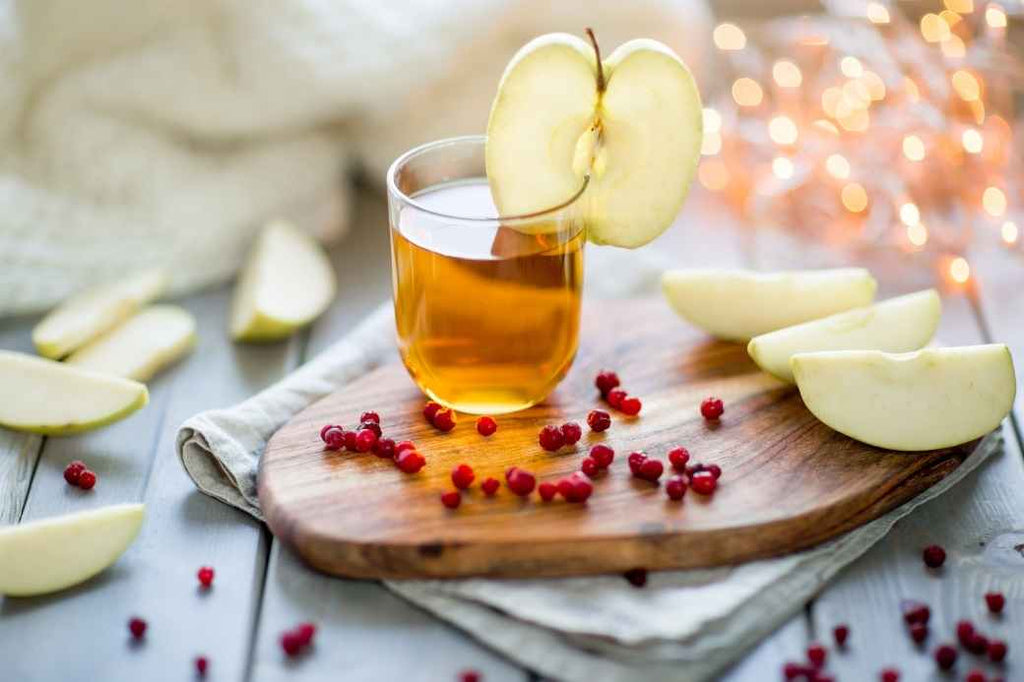 Spiked Apple Cider Drinks Bourbon Recipe Fall Engagement Party Wedding Planning Proposal New Bride Guide Advice Tips Tricks How to