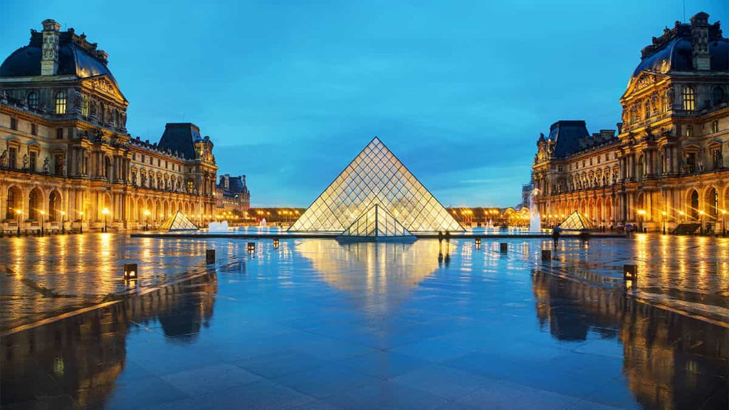 The Louvre Paris France Things to Do During Quarantine Social Distancing Activities Coronavirus 2020 Travel World Virtually Pandemic