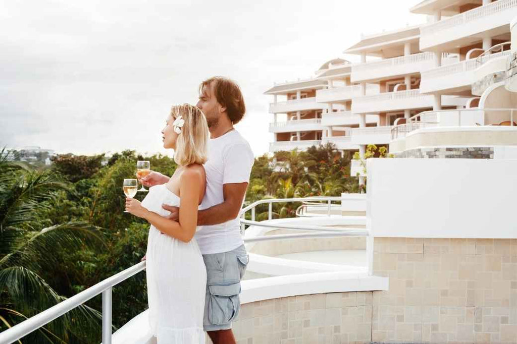 dream honeymoon save money affordable inexpensive engagement ring things you can buy experiences