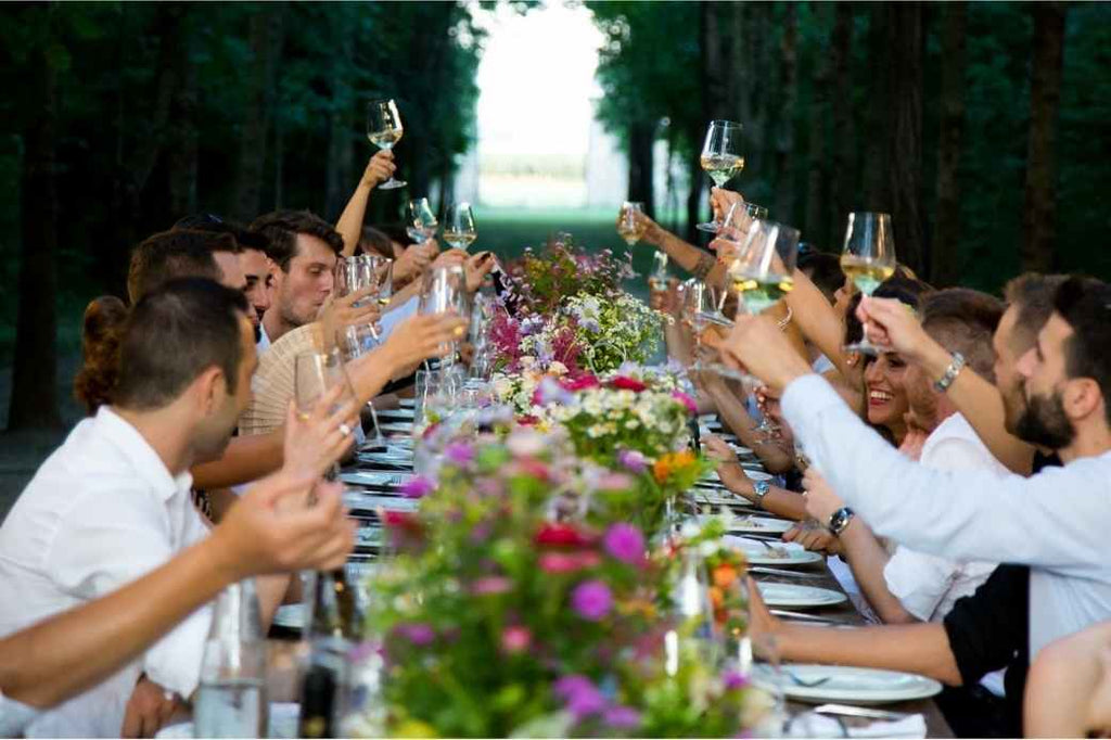 guests wedding planning reception advice new bride how to tips tricks