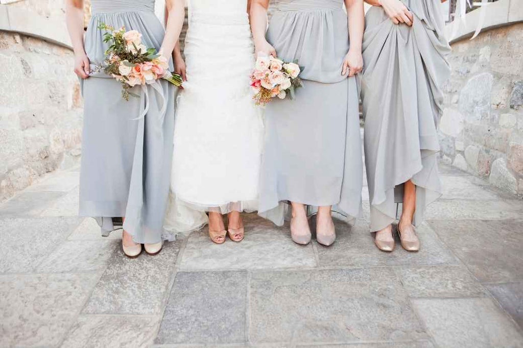 maid of honor bridesmaid advice tips tricks bride squad wedding planning engagement proposal
