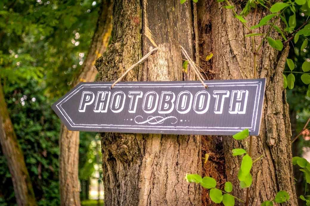 photo booth photobooth wedding planning reception advice new bride how to tips tricks