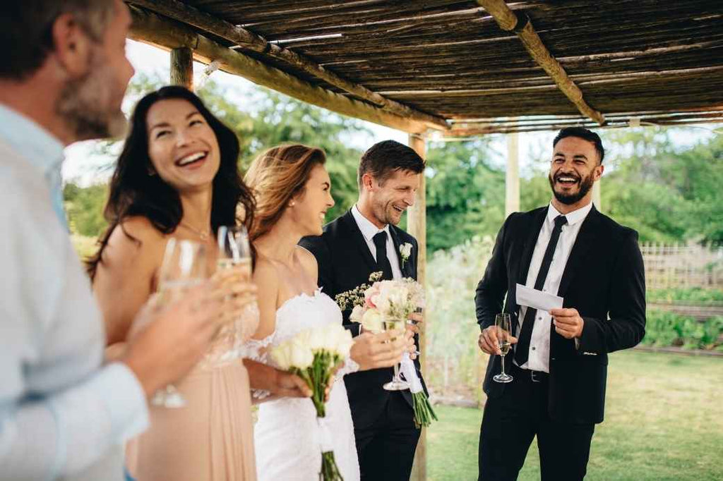 speech toast family friends wedding planning reception advice new bride how to tips tricks