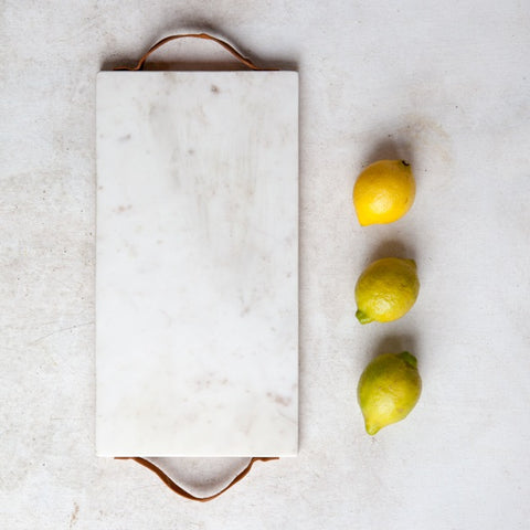 white-marble-chopping-board