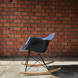 Eames rocking chair RAR by Herman Miller - Navy Blue