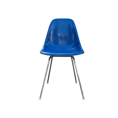 Eames side chair DSX // Electric blue