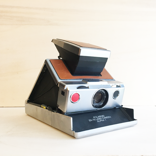 Polaroid SX-70 Camera // Alpha 1