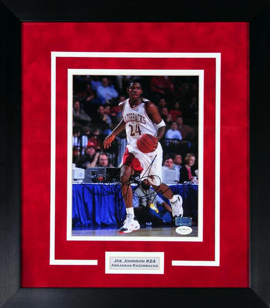 Joe Johnson Autographed Arkansas Razorbacks 8x10 Framed Photograph