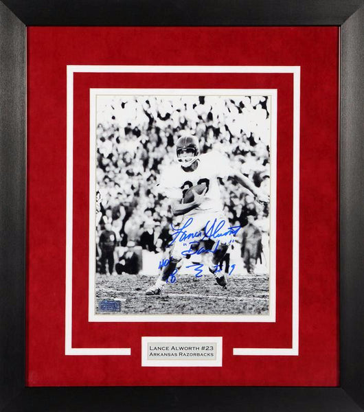 Lance Alworth Autographed Arkansas Razorbacks 8x10 Framed Photograph