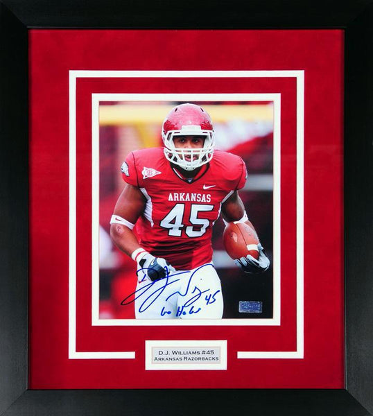 DJ Williams Autographed Arkansas Razorbacks 8x10 Framed Photograph (Solo)