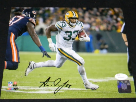 Aaron Jones Autographed Green Bay Packers 8x10 Photograph #2