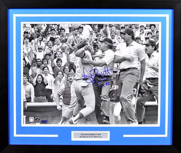 George Brett Autographed Kansas City Royals 16x20 Framed Photograph