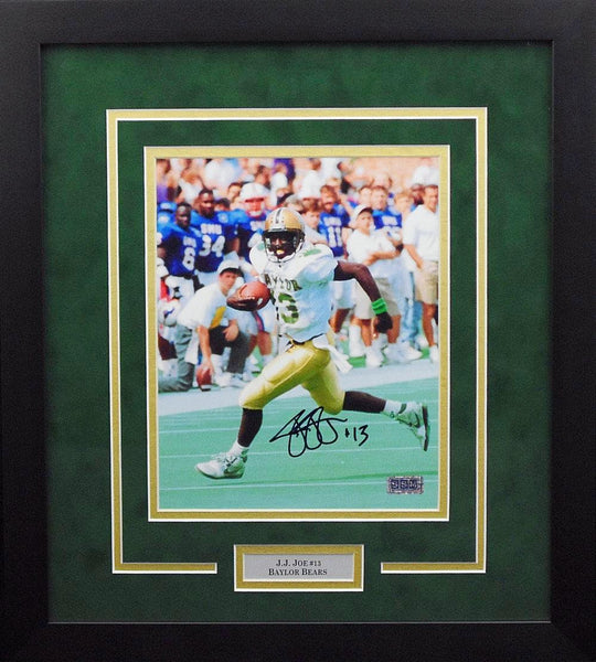 JJ Joe Autographed Baylor Bears 8x10 Framed Photograph