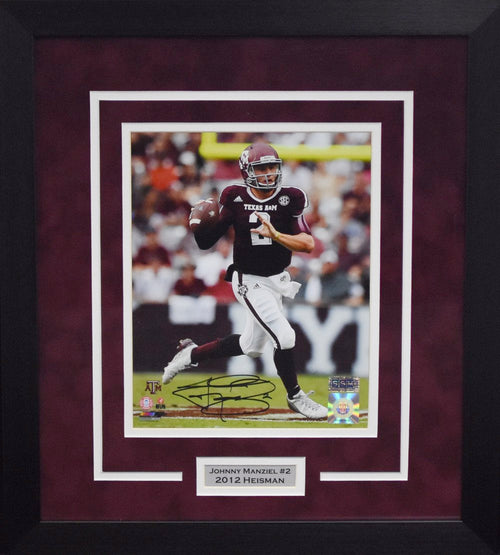 Johnny Manziel Autographed Texas A&M Aggies 8x10 Framed Photograph (Passing)