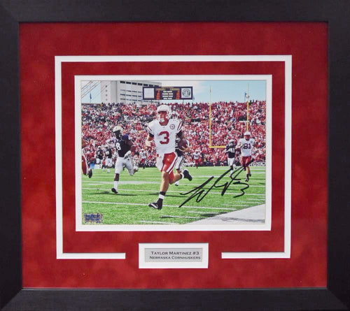 Taylor Martinez Autographed Nebraska Cornhuskers 8x10 Framed Photograph (vs Washington)