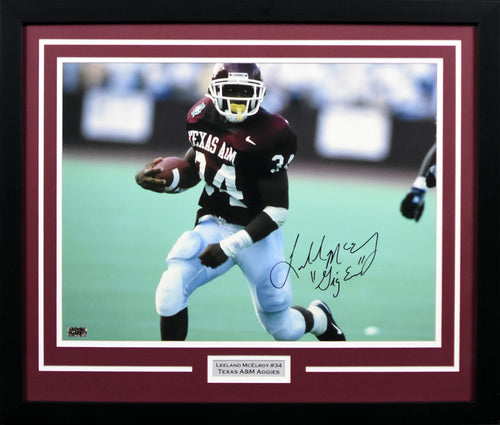 Leeland McElroy Autographed Texas A&M Aggies 16x20 Framed Photograph