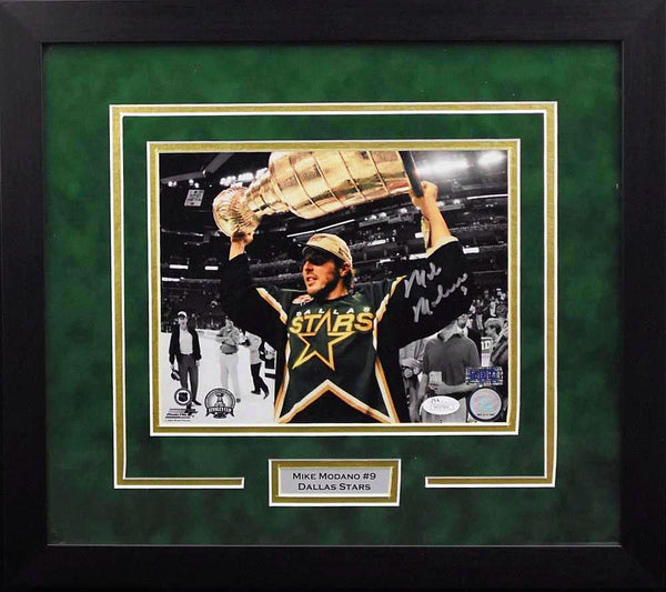 Mike Modano Autographed Dallas Stars 8x10 Framed Photograph