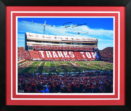 Tom Osborne Autographed Nebraska Cornhuskers 16x20 Framed Photograph (Thanks)