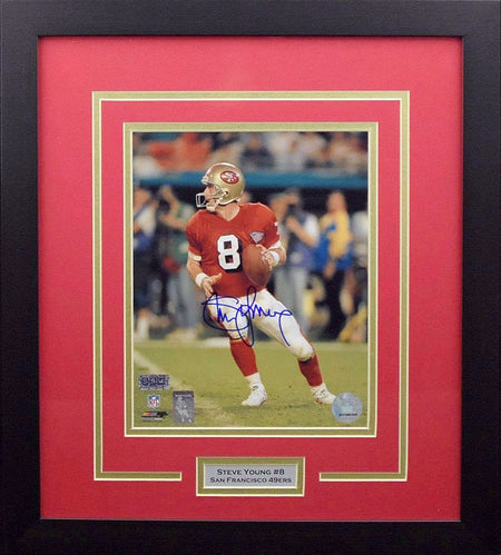 Jameis Winston Autographed Tampa Bay Buccaneers #3 Nike Limited Framed Jersey