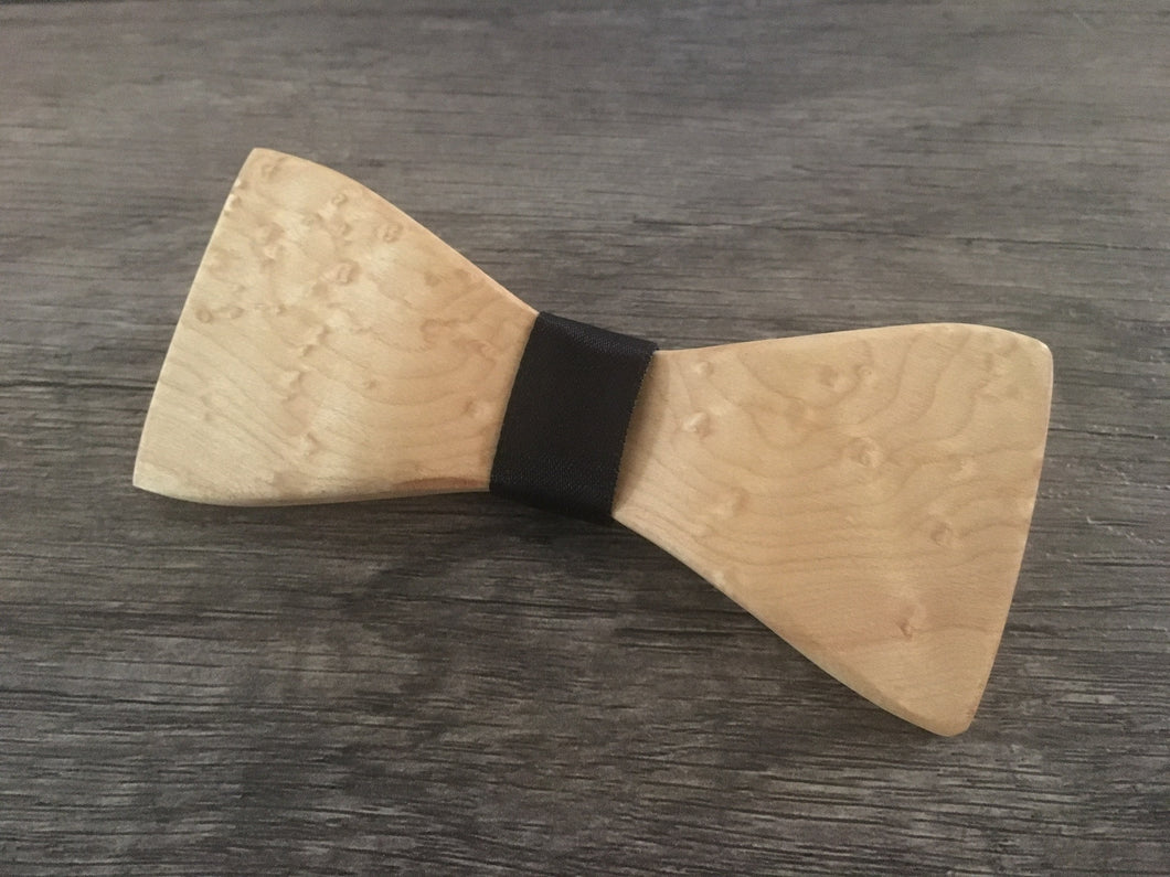 Bird's Eye Maple Bow Tie