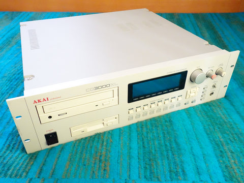 Akai CD3000XL Sampler w/ 16MB Memory - E09