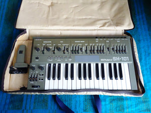 Roland SH-101 Analog Synthesizer w/ Modulation Grip, Carry Bag, Adapter - F100