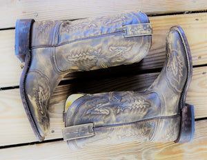 Tan Sanded Rocker Boot