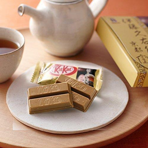 Image of KitKat Roasted Green Tea (12 pieces) キットカット ミニ 伊藤久右衛門 ほうじ茶 12枚 Sweets 1 Tokyo Direct