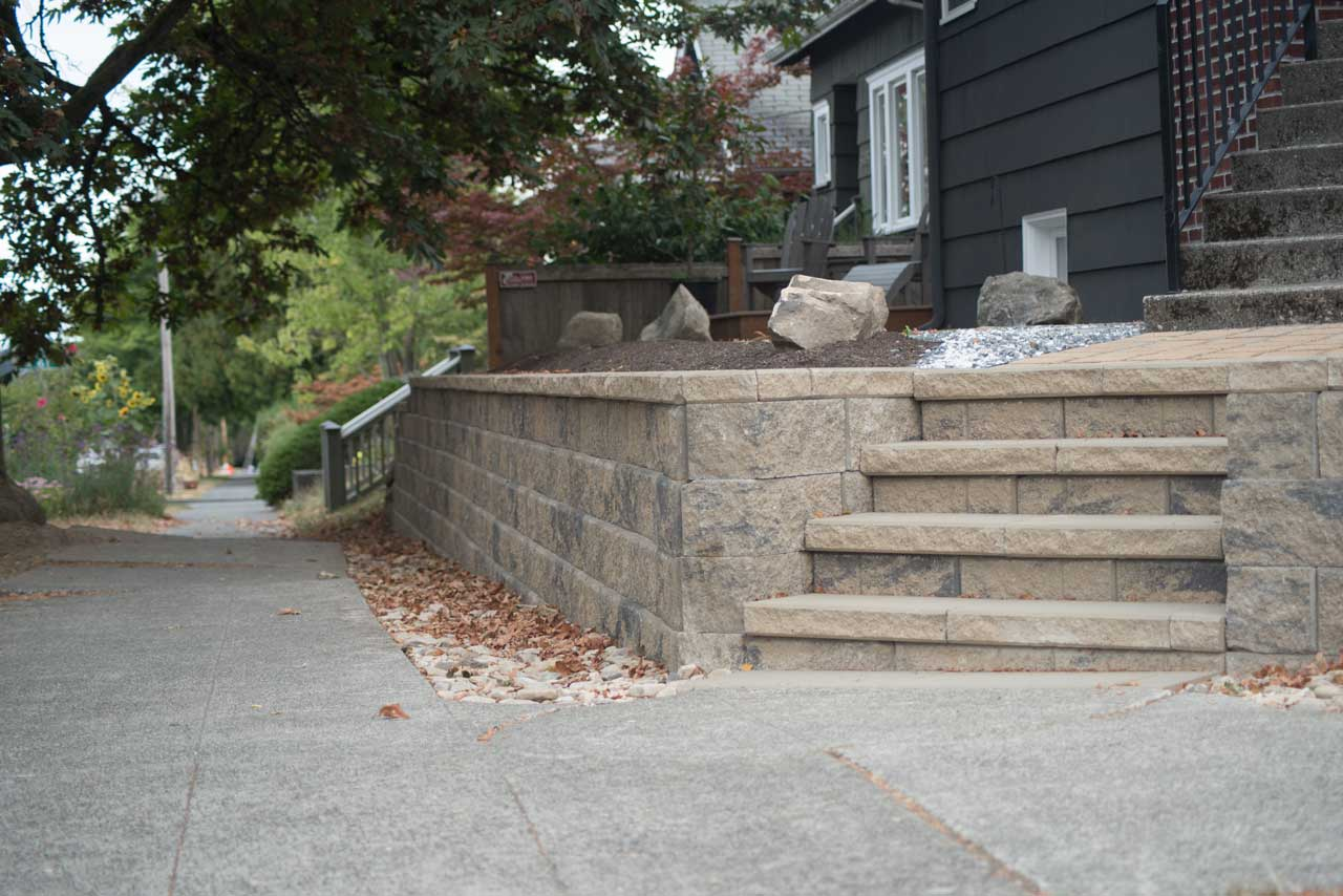 Retaining Block Wall