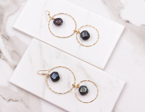 Christine - Black Pearl Earrings