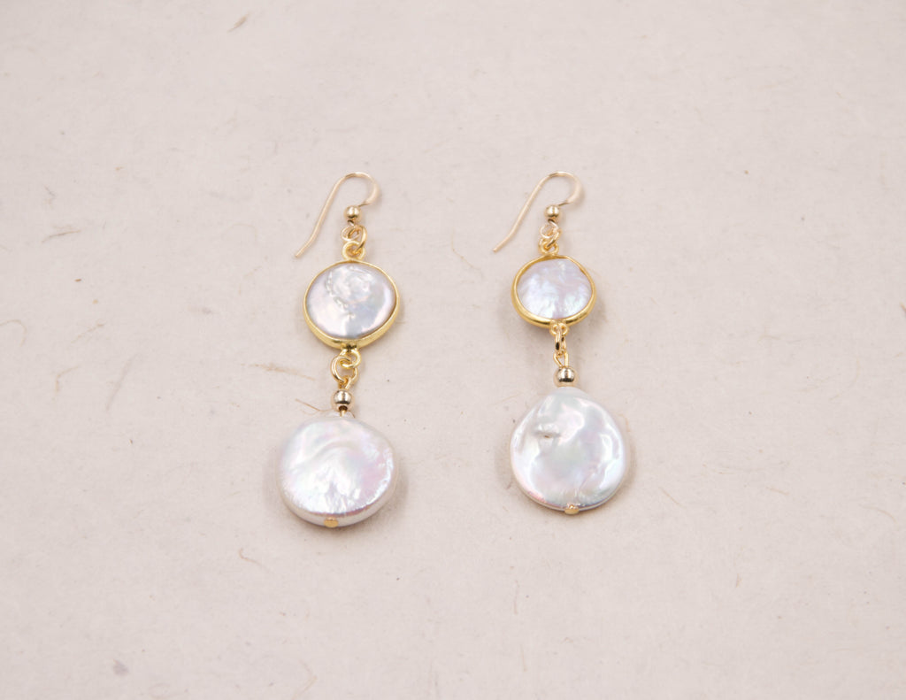 Lola - Pearl - Coin Earrings