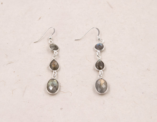 Larissa - Mystic Labradorite Earrings