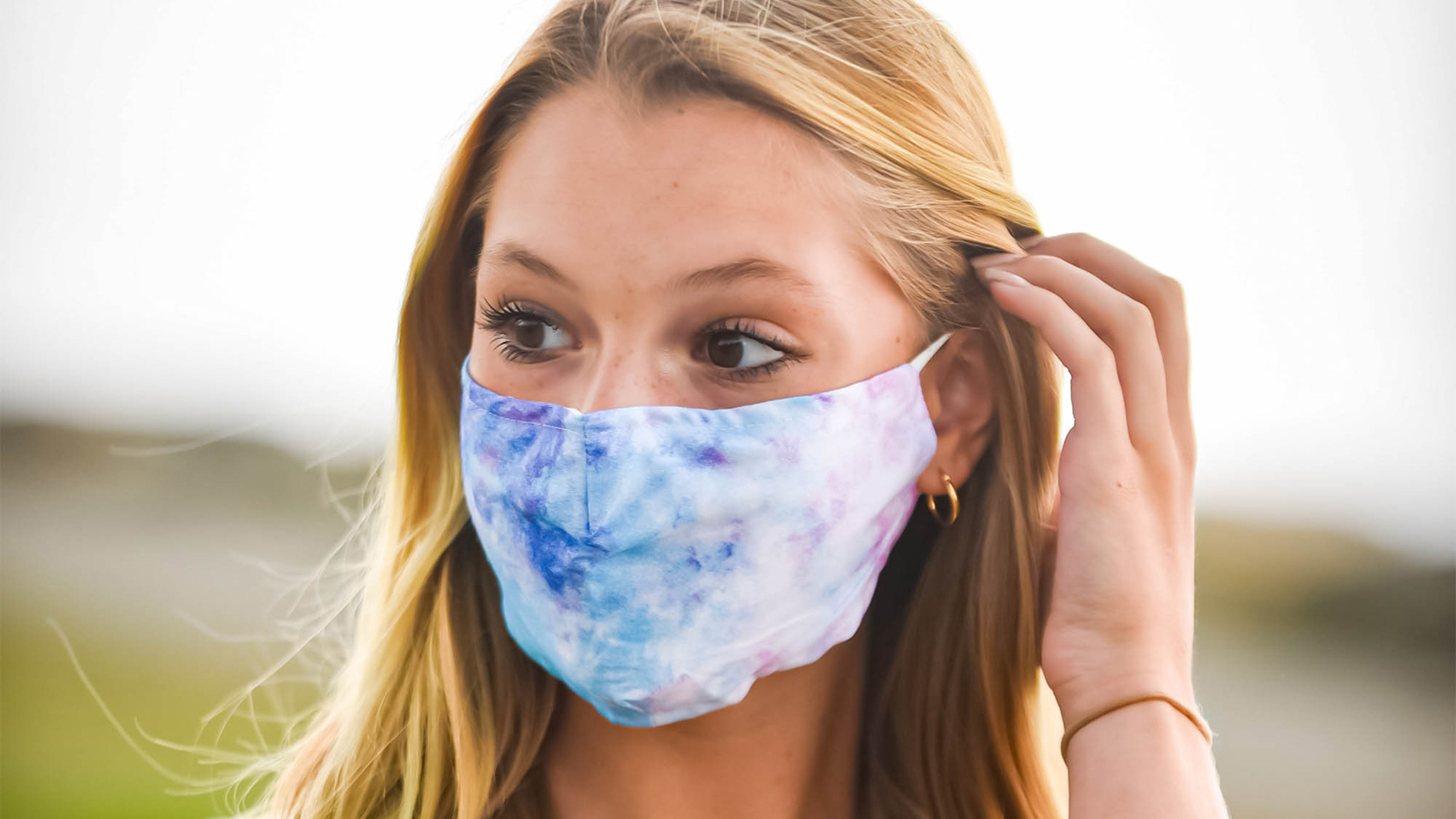 soft washable breathable cotton face masks for teens and adults with adjustable ear loops and nose bridge wire
