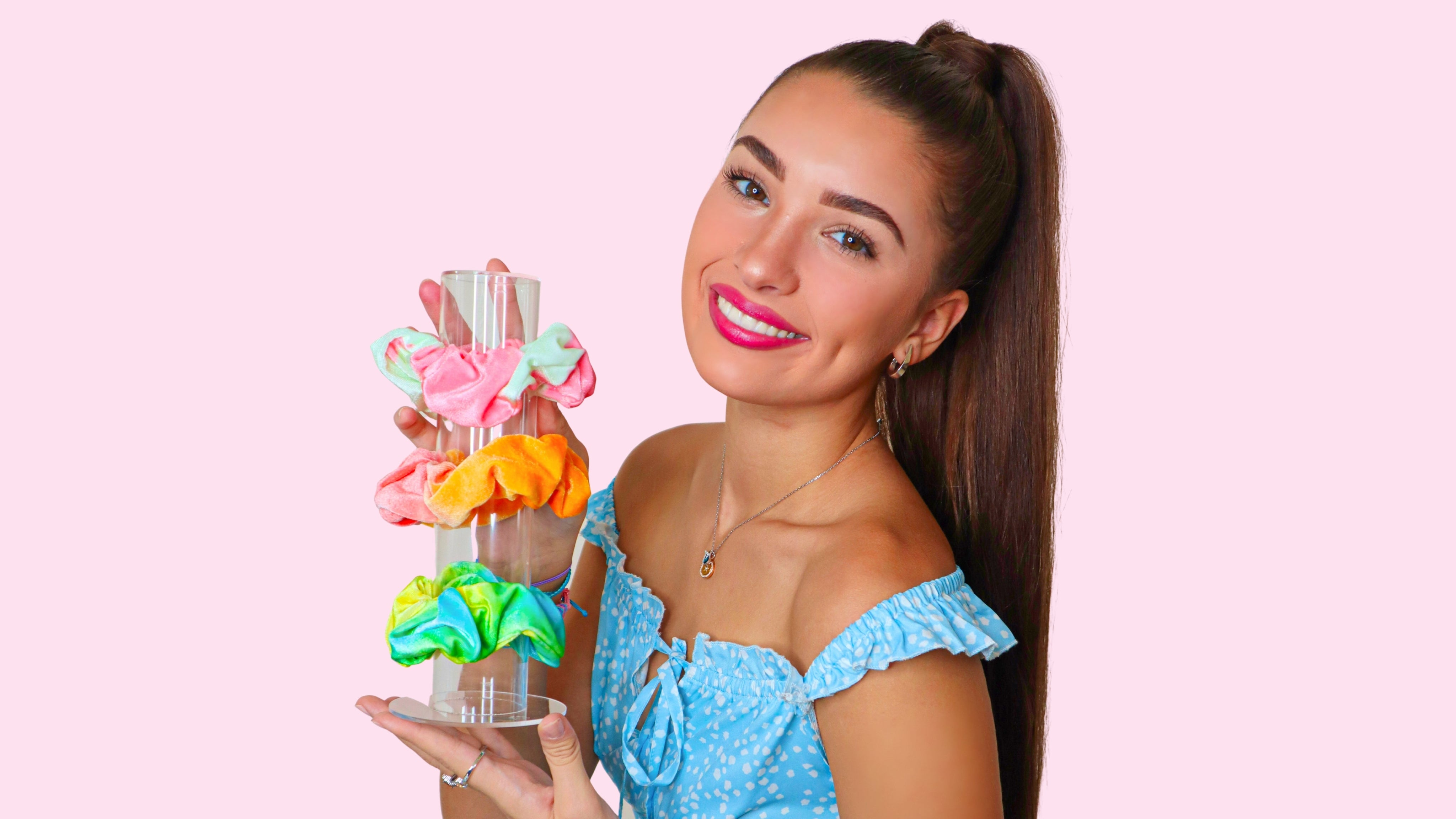 clear-acrylic-scrunchie-holder-stand-organizer-for-girls