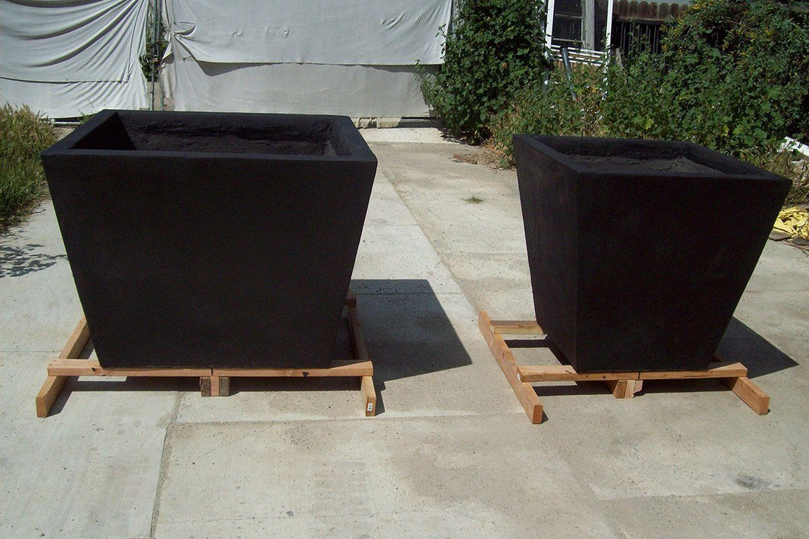 The Timely Planters in various sizes2