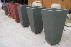 "The Timely Planter 24"" w x24"" l x 45""h Planter Boxes Concrete Creations"