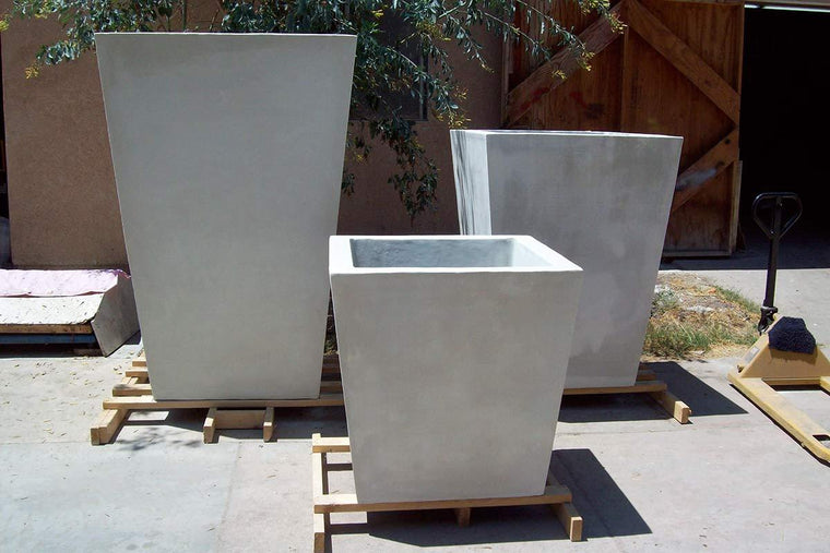 The Timely Planters in various sizes1