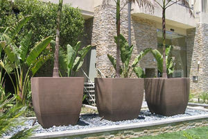 Symphony Squared Contemporary / Modern planters Concrete Creations