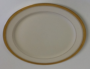 Pickard Palace Ivory With Gold Salad Plate