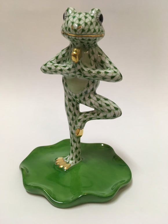 Herend Figurines Yoga Frog In Tree Pose Green 2.75