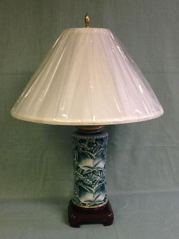 porcelain green and white canister lamp