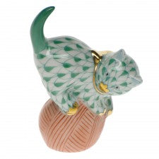 Herend mischievous cat green