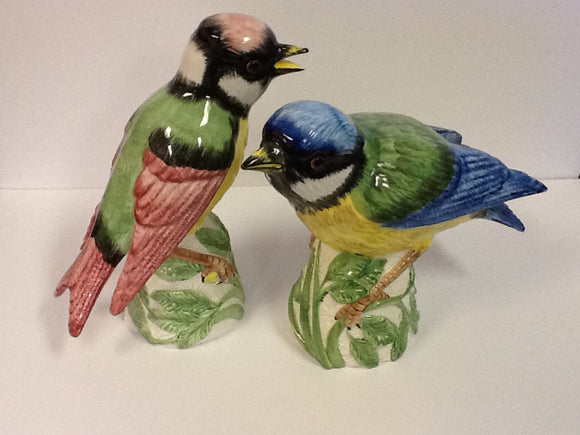Italian ceramic pair of hand painted large cotovel sparrows