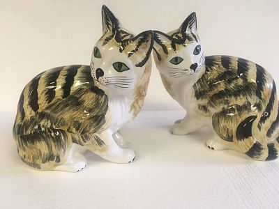 Italian Hand Painted Pair Of Cats