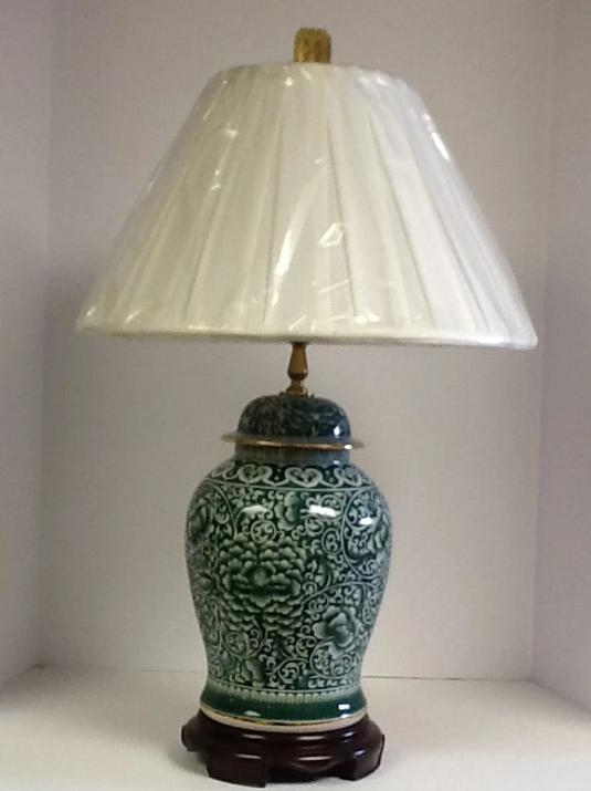 Ginger jar green and white lamp