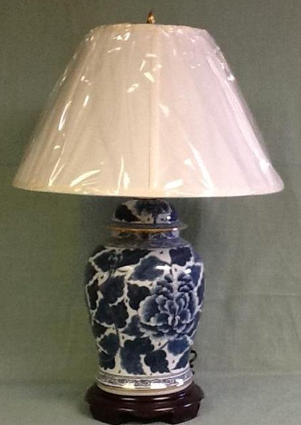 Italian ginger jar lamp blue and white