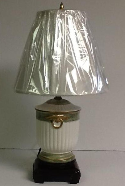 Italian Hand Painted Porcelain Small Lamp White and Green