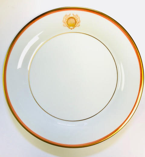 Pickard Charlotte Moss Shell motif coral and gold dinner plate