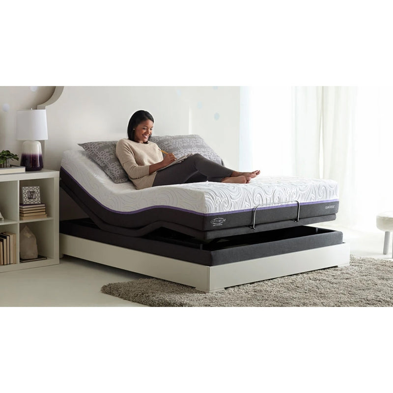 Image of Ultramatic Supreme Pillow Tilt Bed with a lady resting on gel mattress