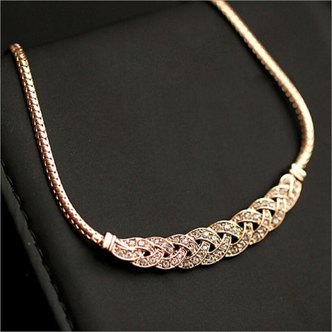 2017 New Hot Fashion Jewelry Dazzling Distortion Full Rhinestones Alloy Clavicle Chain Dress Necklaces & Pendants For Women N-59